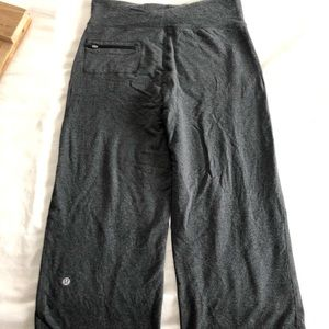 Lululemon crops size 8. Great great condition!